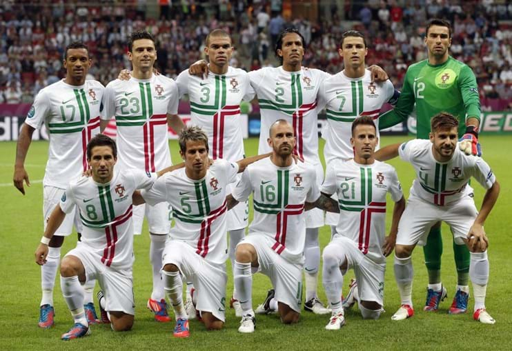 Paulo Bento tem-se mantido fiel ao onze inicial desde o início do campeonto europeu