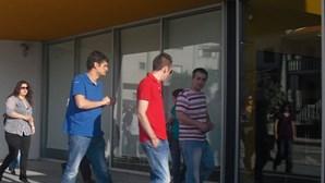Funcionários vão de férias forçadas