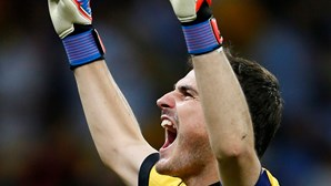 Casillas pediu a árbitro português para acabar final do Euro (COM VÍDEO)