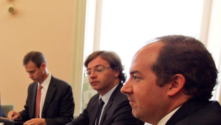 O ministro da Economia reuniu-se com a banca e empresários