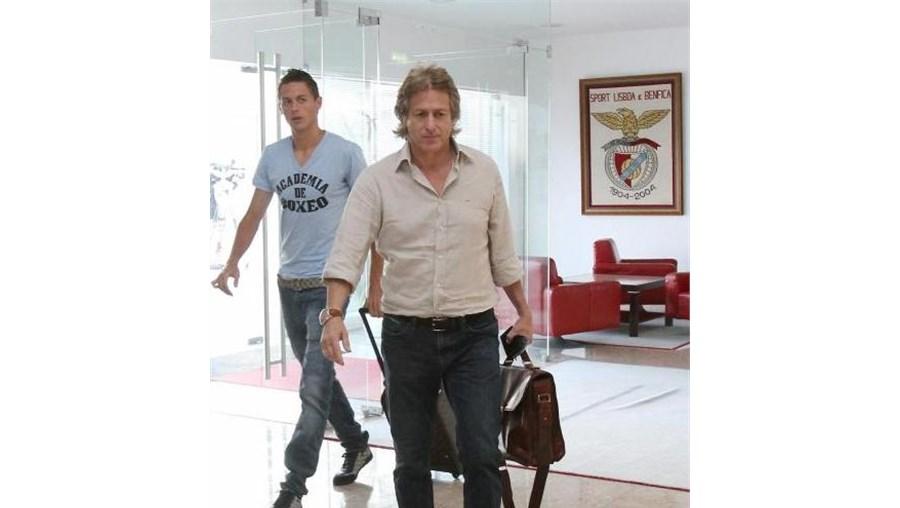 Matic e o treinador Jorge Jesus