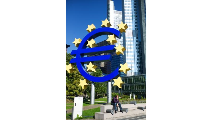 BCE tenta dar impulso à economia com nova quebra da taxa de juro