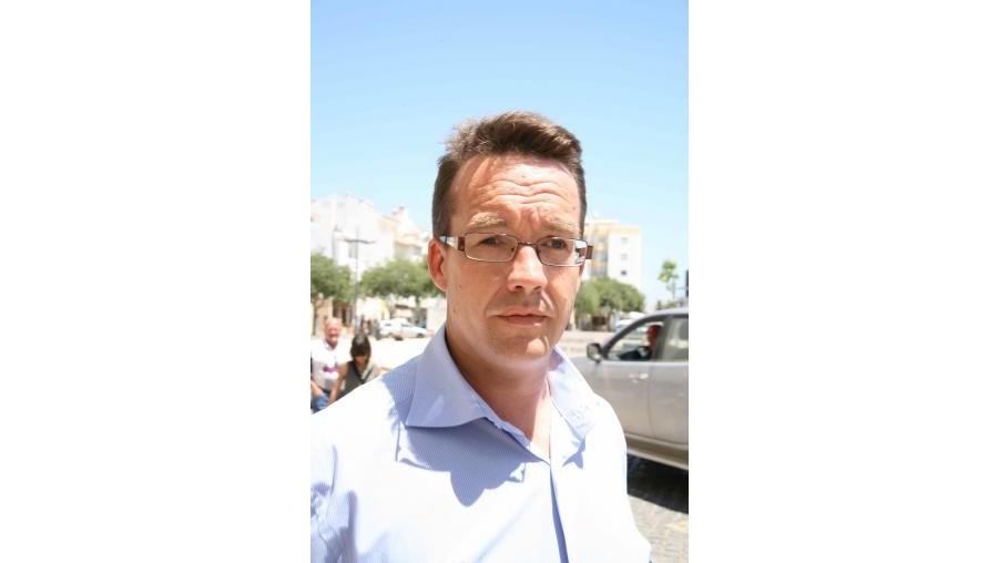 """Robert Murat diz que a investigação privada de Stephen Birch """"não faz sentido nenhum"""""""