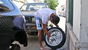 Furam pneus a 25 carros