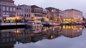 Hoteleiros de Aveiro contra nova taxa turística