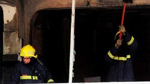 Vizinha salva criança de fogo