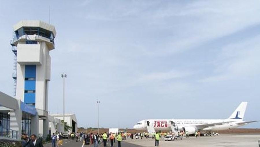 Cabo Verde elevou o nível de segurança nos seus aeroportos e portos após a emissão de uma ameaça terrorista
