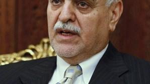 Vice-presidente iraquiano condenado à morte por terrorismo