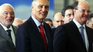 """Cavaco Silva diz que crise política """"está ultrapassada"""""""