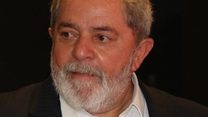 Alegado envolvimento de Lula da Silva no 'Mensalão' causa polémica