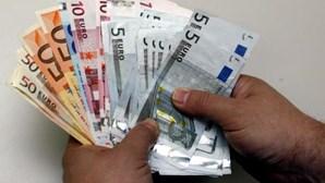 """Idosa burlada em dois mil euros numa suposta """"troca de notas"""" em Beja"""