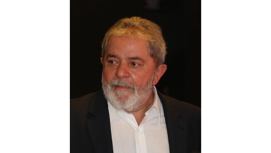 Uma reportagem da revista 'Veja' divulga afirmações que apontam Lula da Silva como chefe do 'Mensalão'