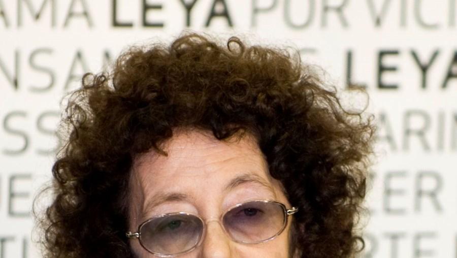 Cultura, cortes às fundações, Prémio Literário D. Dinis, Maria Teresa Horta