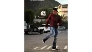 Villa destrói carro-patrulha em anúncio proibido (COM VÍDEO)