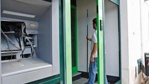 Ataque à bomba  a duas caixas ATM [Com vídeo]