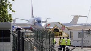 Avião aterrou de emergência em Faro devido a avaria técnica