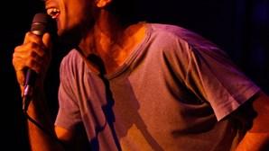 Ornatos Violeta trazem nova 'eucaristia rock' (COM VÍDEO)