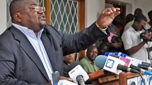 Líder da Renamo insiste que não vai reconhecer resultados das eleições de Moçambique