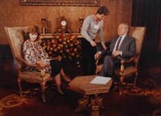 Entrevistou as mais importantes figuras da política nacional como Mário Soares