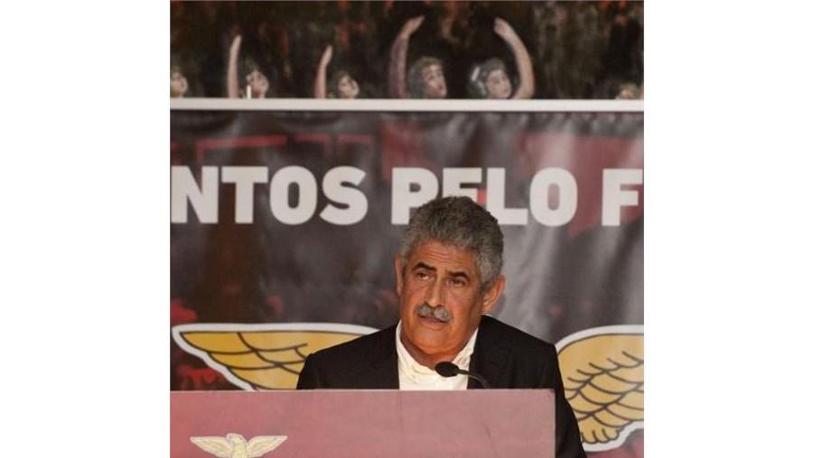 Presidente do Benfica anunciou recandidatura a 500 sócios reunidos num jantar