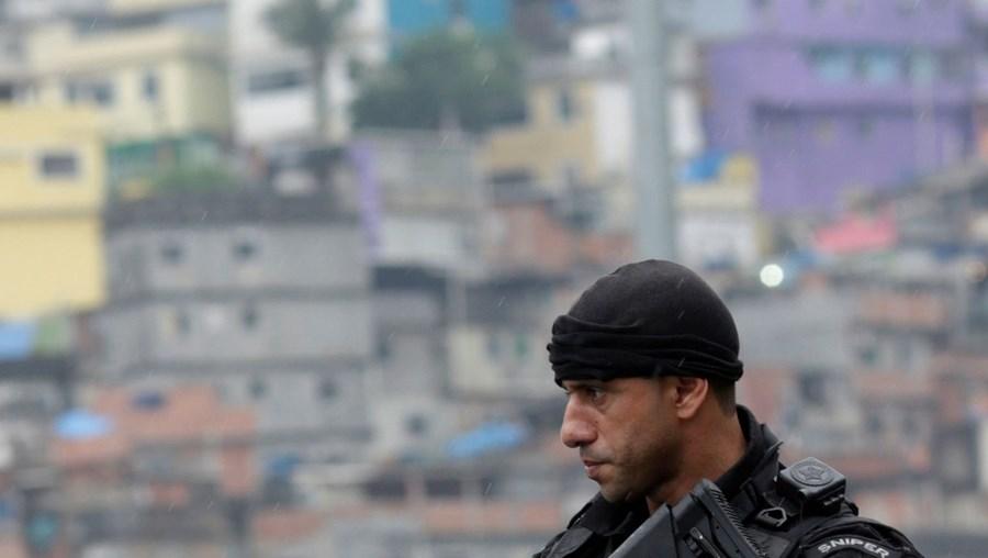 Polícia Militar voltou a fazer uma intervenção contra traficantes nos morros do Rio de Janeiro