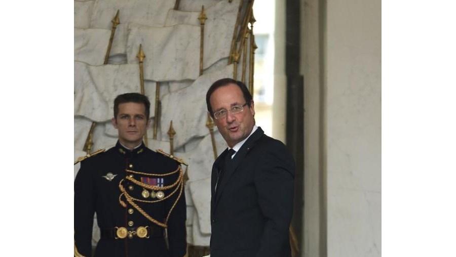 """O Presidente francês, François Hollande, diz que fim da crise está """"perto"""""""