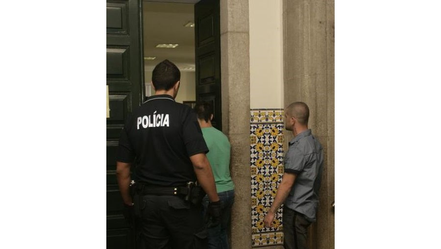 inspectora, polícia judiciária, ourives, assaltos, testemunha
