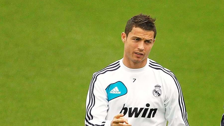 Cristiano Ronaldo é opção para José Mourinho no jogo de quarta-feira com o Borussia de Dortmund para a Liga dos Campeões