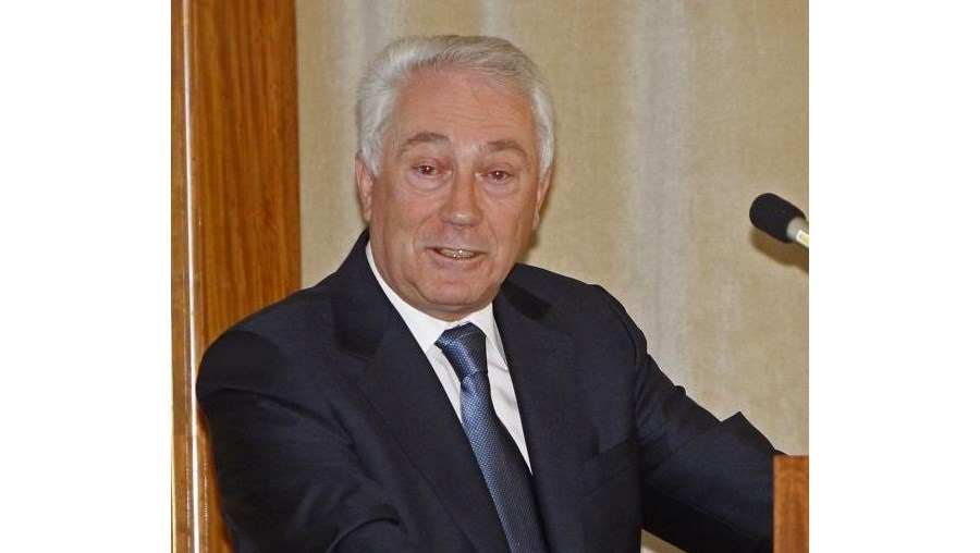 Carlos Costa preside ao Banco de Portugal