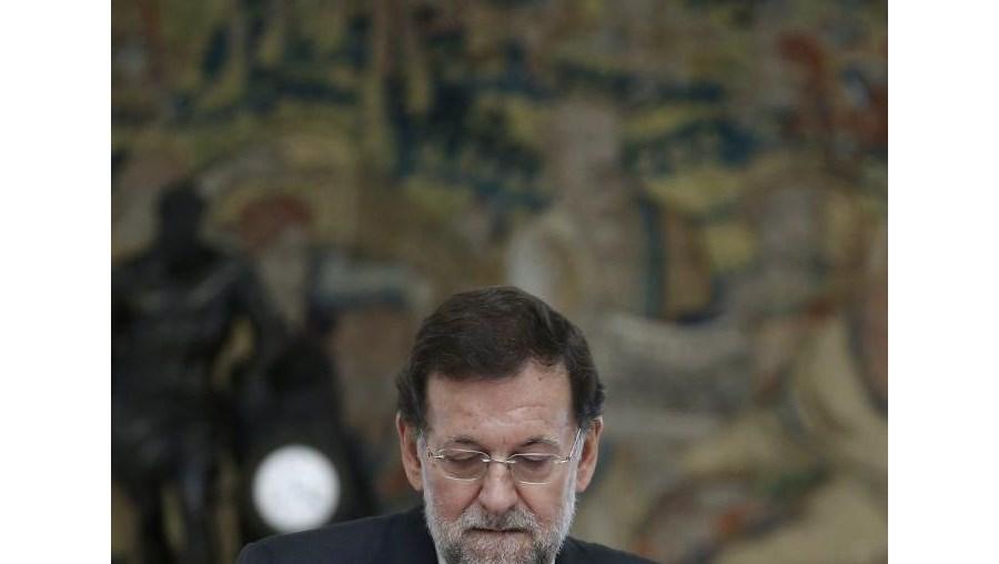 O primeiro-ministro espanhol, Mariano Rajoy, enfrenta o aumento do desemprego no país