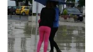 Protecção Civil alerta para chuva, trovoada e vento