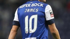 Manchester está atento  a James