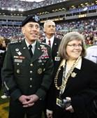 Petraeus com a mulher Holly em 2011