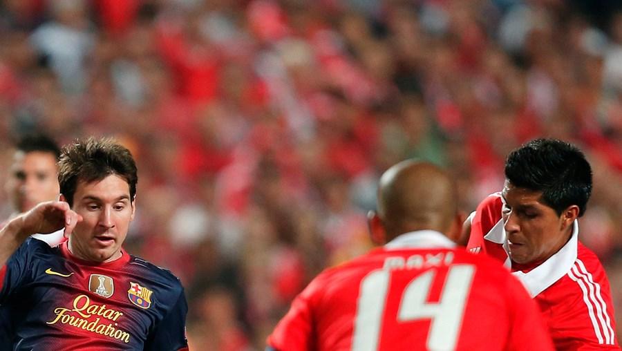 No único jogo efectuado, na Luz, esta época, na Champions, o Benfica (0-2) perdeu com o Barcelona