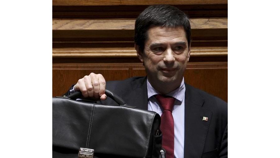 Gaspar anunciou nesta terça-feira esta data durante uma audiência perante a comissão parlamentar de acompanhamento do programa de assistência a Portugal