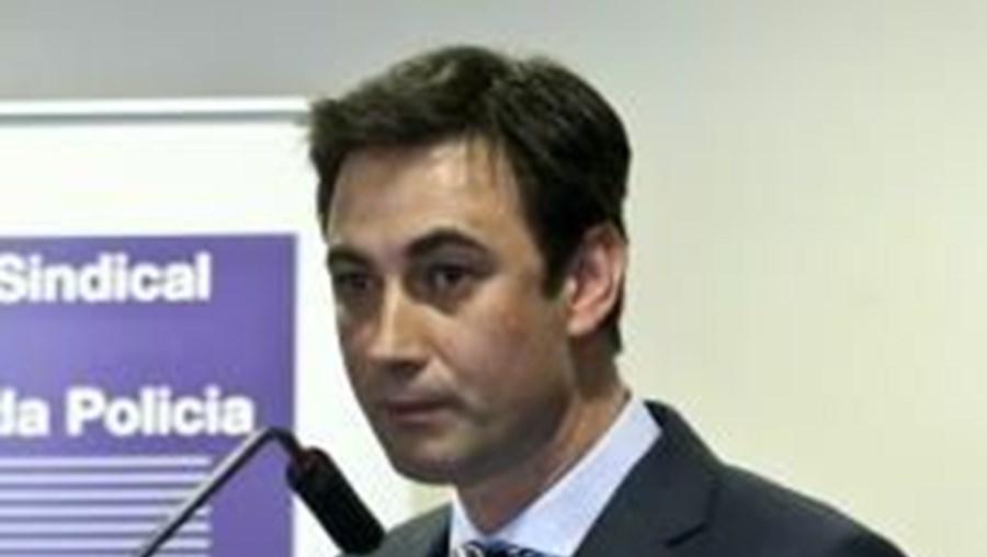 """Paulo Rodrigues diz que, com este Orçamento, Governo """"não está a valorizar trabalho da PSP"""""""