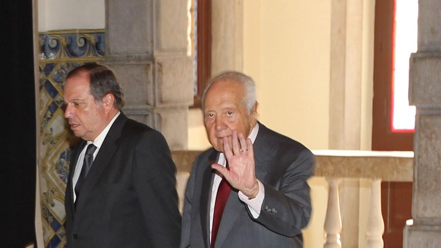 Mário Soares é o primeiro dos 70 signatários da carta a Passos