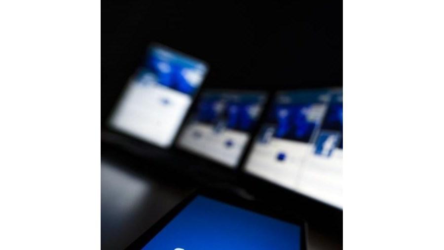 língua portuguesa é o terceiro idioma mais utilizado na rede social Facebook, na Internet, com cerca de 58,5 milhões de utilizadores