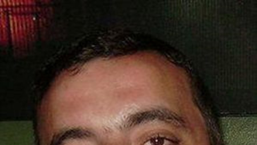 Corpo de João Flor, 32 anos, caiu atrás do balcão do bar