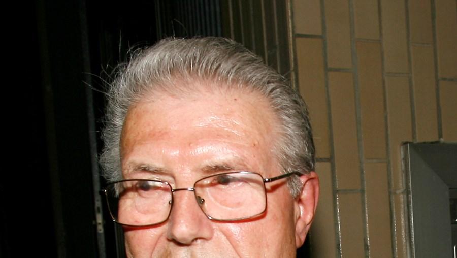 Manuel Lourenço, de 77 anos, foi surpreendido por trio quando estava a caminho do banco