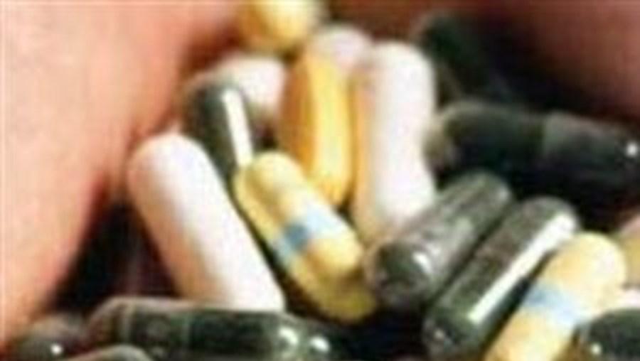 O CNEDM analisou o parecer do CNECV emitido em Setembro, que por sua vez tinha sido pedido pelo Ministério da Saúde e incidia sobre três grupos de medicamentos: para o VIH/sida, para os doentes oncológicos e para os doentes com artrite reumatóide
