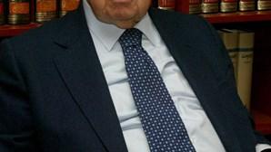 Mário Soares sujeito a bateria de exames