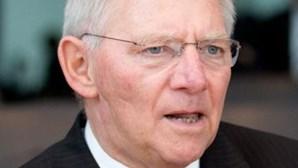 Ministro alemão das Finanças ataca líder da oposição grega