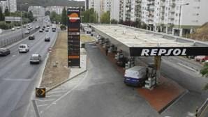 Leva 110 euros em assalto a gasolineira