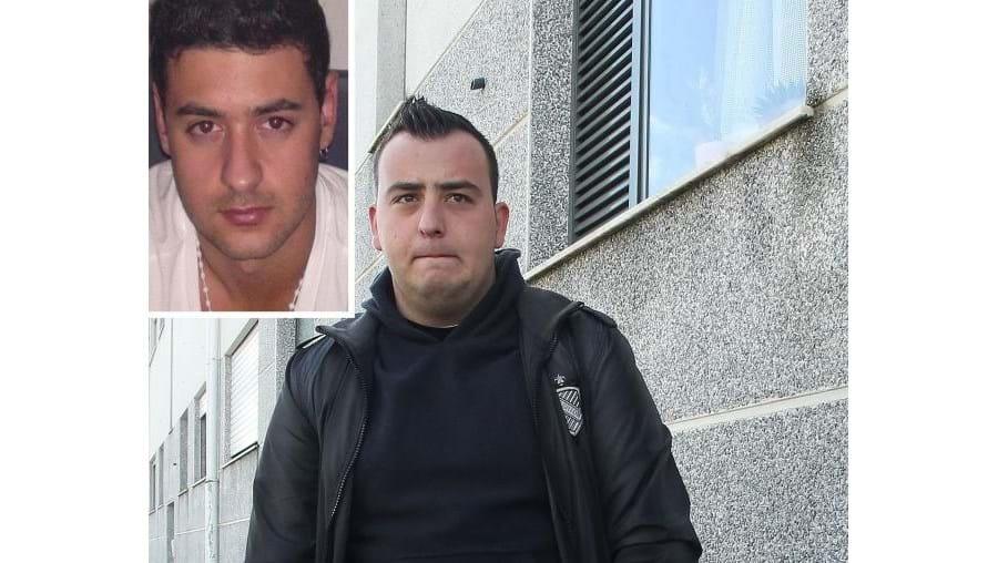 Fábio Lopes (em cima) morreu quando voltava a casa, onde era esperado por amigos. Os colegas estão desolados