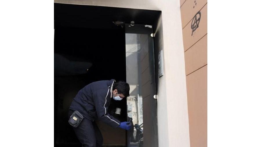 No domingo, a casa do irmão do porta-voz do Governo grego foi também alvo de um ataque incendiário.