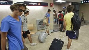 Meio milhão de jovens saiu do País desde 2009