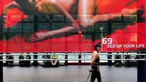 Filmes pornográficos testam resposta sexual das mulheres