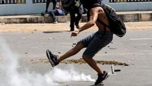 Confrontos entre anarquistas e polícia