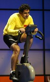 Miguel Indurain é um antigo ciclista espanhol que venceu a Volta à França, de forma consecutiva, durante cinco anos